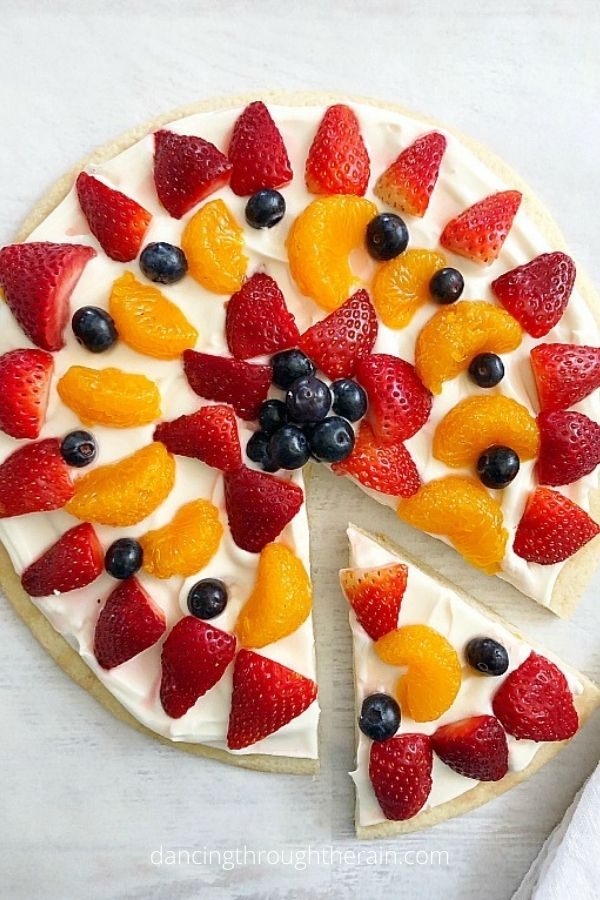 The Best Sugar Cookie Fruit Pizza
