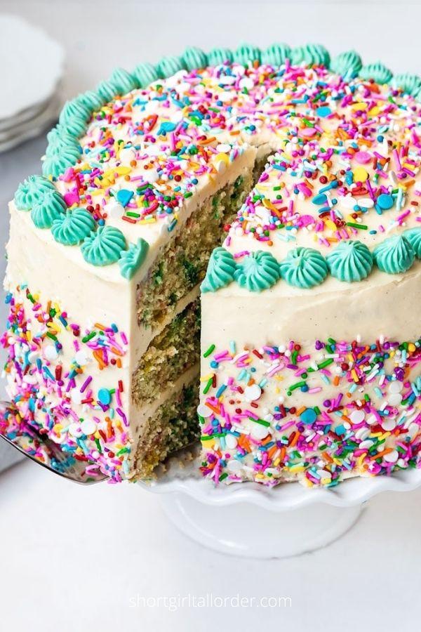 Vegan Funfetti Cake (Simple Ingredients!)