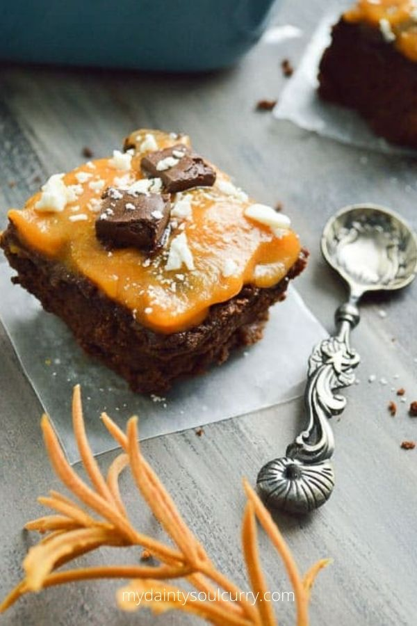Low-carb Vegan Thanksgiving Pumpkin Brownie